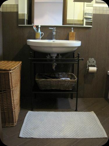 Come arredare un bagnetto con vasca il sito di roberta - Sito ufficiale ikea ...